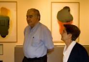 """Antonio y Ángeles en la exposición """"Visión del frío"""" (León)."""