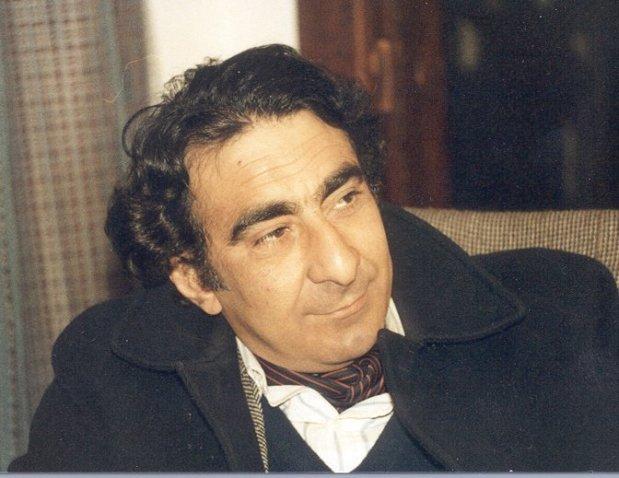"""El pintor, grabador y poeta iraquí Faik Husein (Nasria, Irak, 1944-Nueva York, 2004), autor de """"Las escamas del corazón"""" (León, Premio Provincia, 1972) y amigo de Gamoneda."""