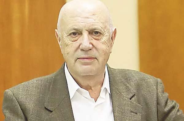 Xosé L. Méndez Ferrín. © Fotografía: José Lores.