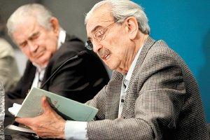 Antonio Gamoneda y Juan Gelman.