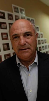 Joaquín Pixán. Fotografía: Ángel González /La Nueva España.