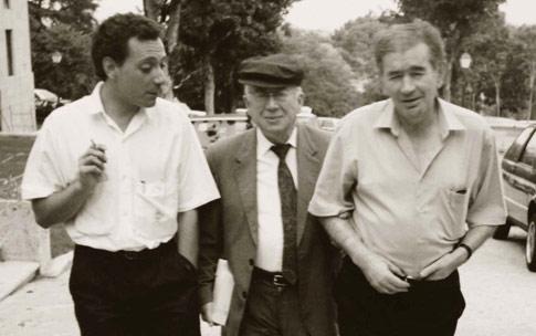 Juan Carlos Mestre, Gonzalo Rojas y Gamoneda, en una imagen retrospectiva.