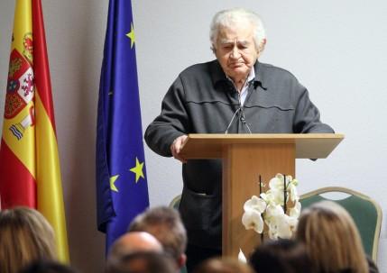 Gamoneda en el homenaje a Ángel Suárez. Foto: Juan Luis García.